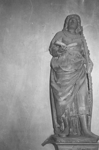 Statue : Saint Ursin, pierre