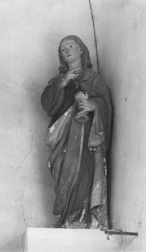 Statue : saint Jean Evangéliste, pierre, 16e siècle