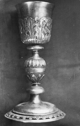 Calice, argent, poinçons de Dijon, coupe refaite au début du 19e siècle
