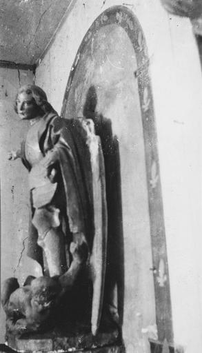 Statue : saint Michel, pierre polychrome