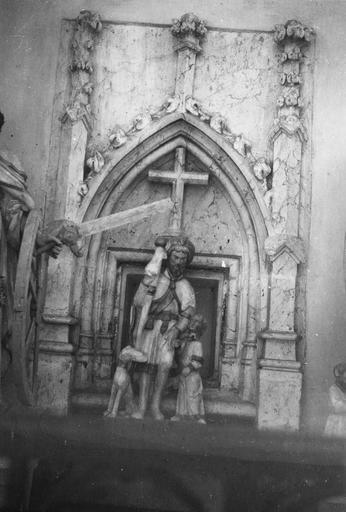 Groupe sculpté : saint Roch, pierre polychrome