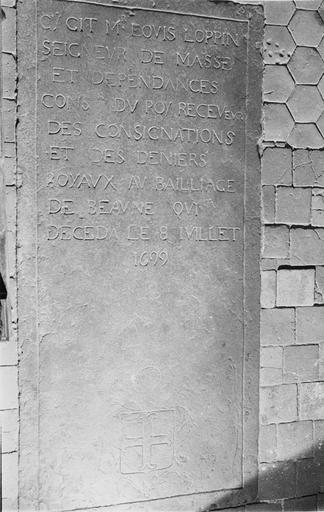 Dalle funéraire de Louis Loppin de Masse, pierre, 1699