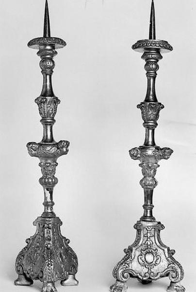 6 chandeliers d'autel (numéro d'inventaire : 87 GHC 210)