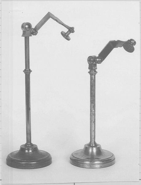 Instruments de démonstration en optique (2) : supports orientables