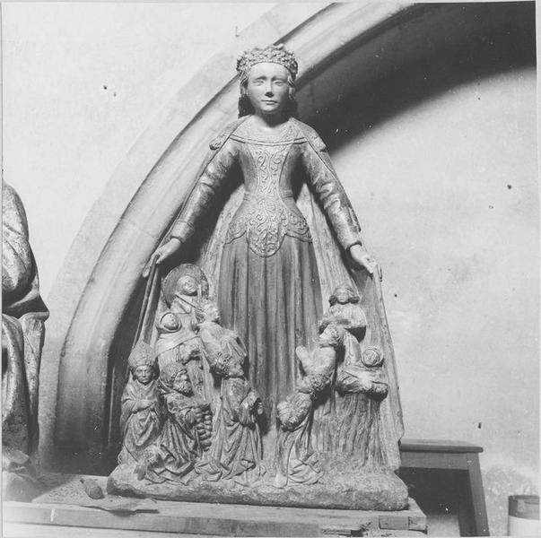 Statue : Vierge de miséricorde, vue générale
