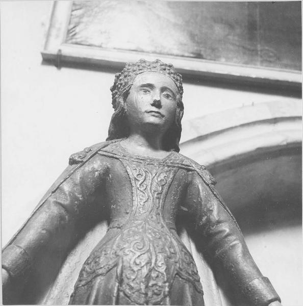 Statue : Vierge de miséricorde, vue partielle