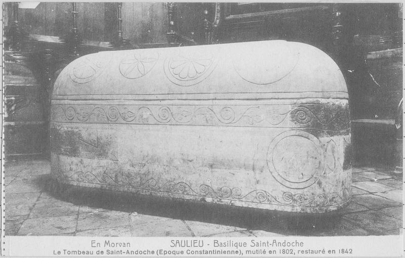 Sarcophage dit de saint Andoche, vue générale