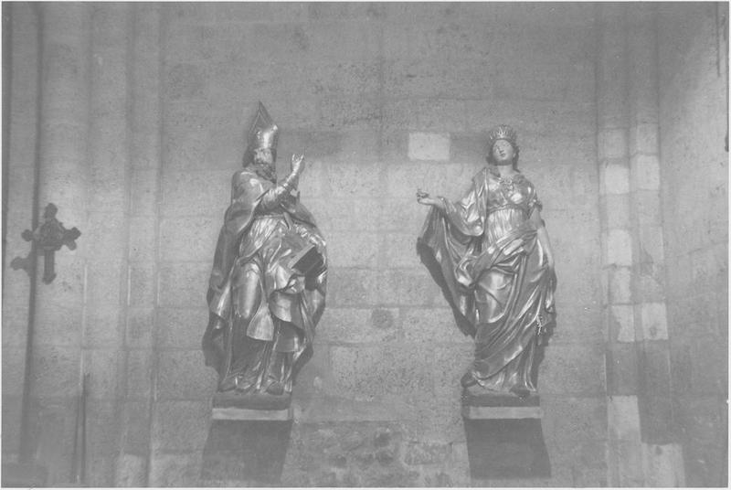 Statues : saint Ambroise (?), sainte Ursule, vue générale