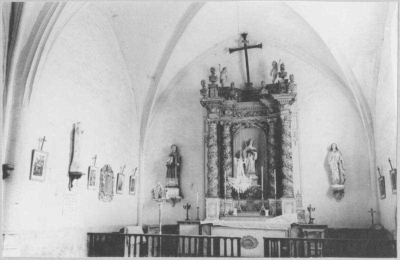 Retable et statue de sainte Gertrude, vue générale