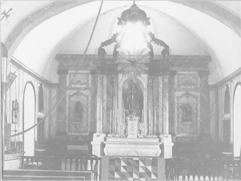 Autel, retable, baldaquin d'autel (maître-autel), vue générale