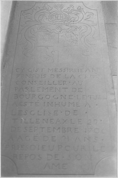 Dalle funéraire de Jean-François Lacroix, vue générale