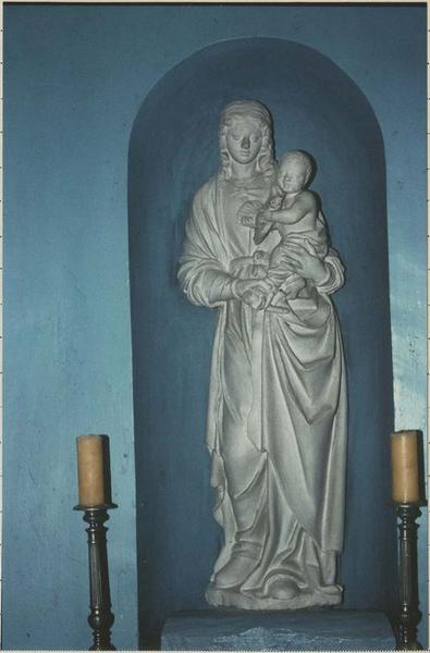 Statue : Vierge à l'Enfant tenant un oiseau, vue générale