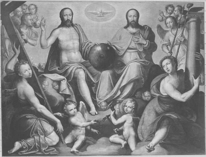 Tableau (triptyque) : la Trinité entourée d'anges portant les instruments de la Passion, vue partielle
