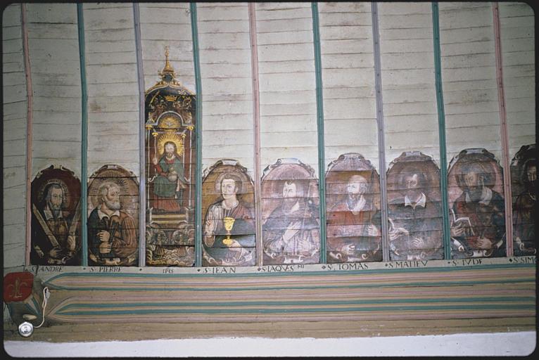 Choeur, voûte (bois), côté nord ; peinture monumentale : 'Le Paradis', saint André, saint Pierre, Christ en Majesté, saint Jean, saint Jacques, saint Thomas, saint Matthieu, saint Jude (détail)
