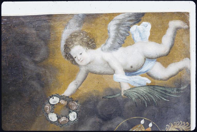 Tableau : 'Le supplice de sainte Barbe', angelot tenant une couronne de fleurs et une palme ; après restauration (détail)