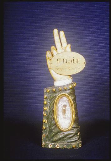 Bras-reliquaire : de saint Blaise, bois polychrome