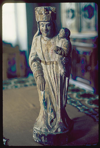 Groupe sculpté : 'Vierge à l'Enfant', bois sculpté, polychrome (vue face)