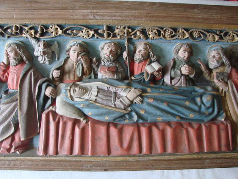 Bas-relief formant retable : Mort de la Vierge (la), vue partielle