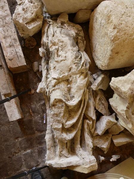 Statue(fragment) : saint Paul, vue générale