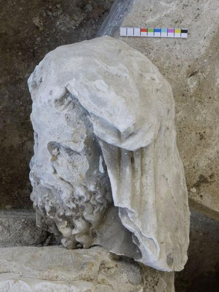 Statue(fragment), détail de la tête de saint Simon ou saint Philippe
