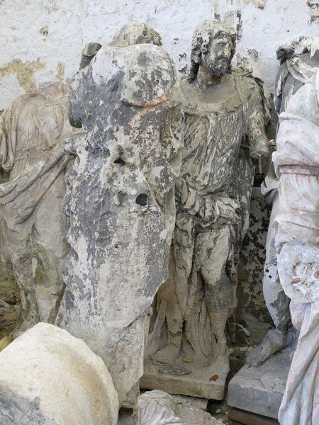 Statues(fragments), vue partielle