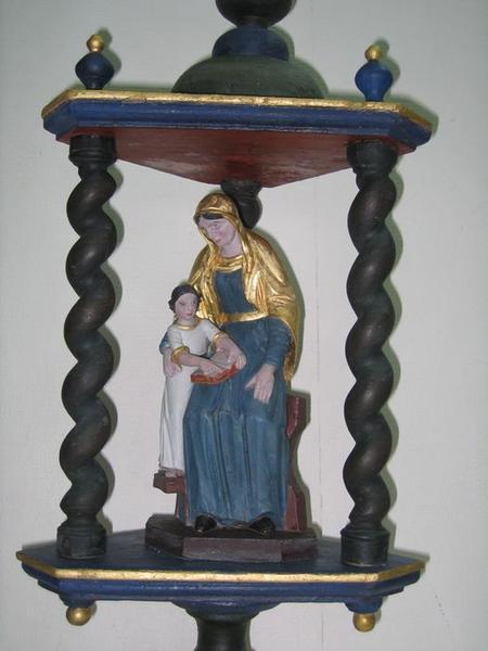Bâton de procession: l'éducation de la Vierge, vue partielle