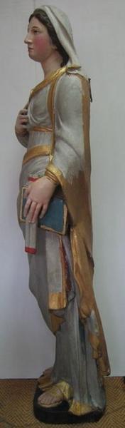 Statue: sainte Thérèse, vue générale, profil gauche