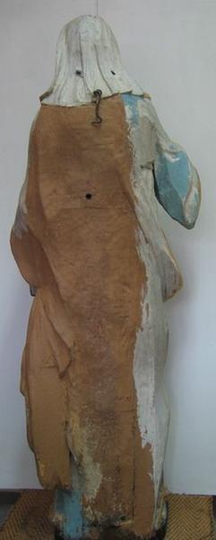 Statue: sainte Thérèse, vue générale du revers