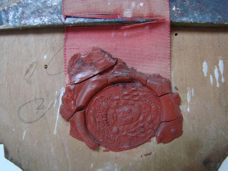 Reliquaire, revers, détail d'un sceau