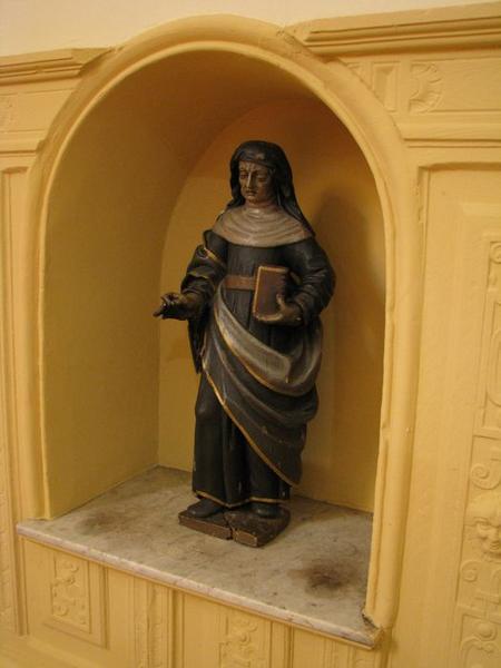 Statue : Sainte au livre (sainte Anne ?)
