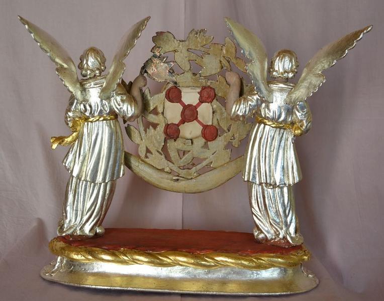 Statues-reliquaires : Anges et châsse de sainte Amérine, vue générale du revers