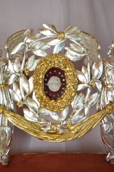 Statues-reliquaires : Anges et châsse de sainte Amérine, détail