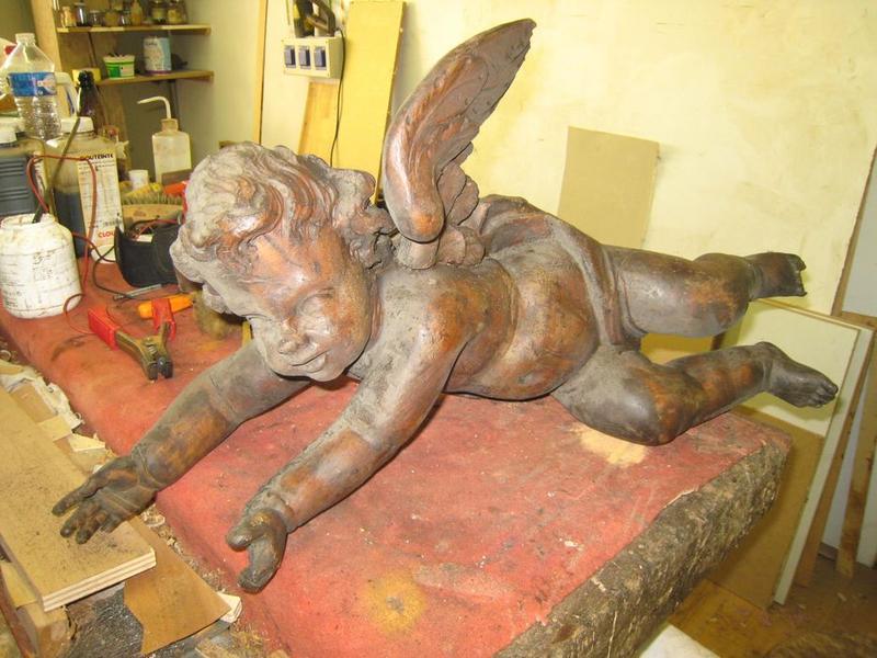 Lambris de revêtement, détail d'un ange