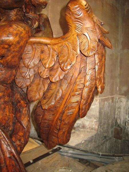 Lambris de revêtement, détail des ailes d'un ange