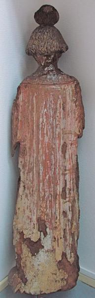 Statue : saint Etienne, vue générale de dos