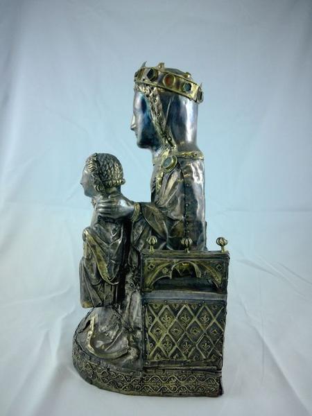 Statue : Vierge à l'Enfant assise, profil gauche, vue générale
