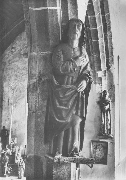 statue Saint Jean, vue générale