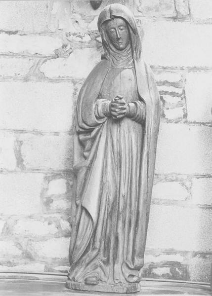 Statue : Vierge (la)