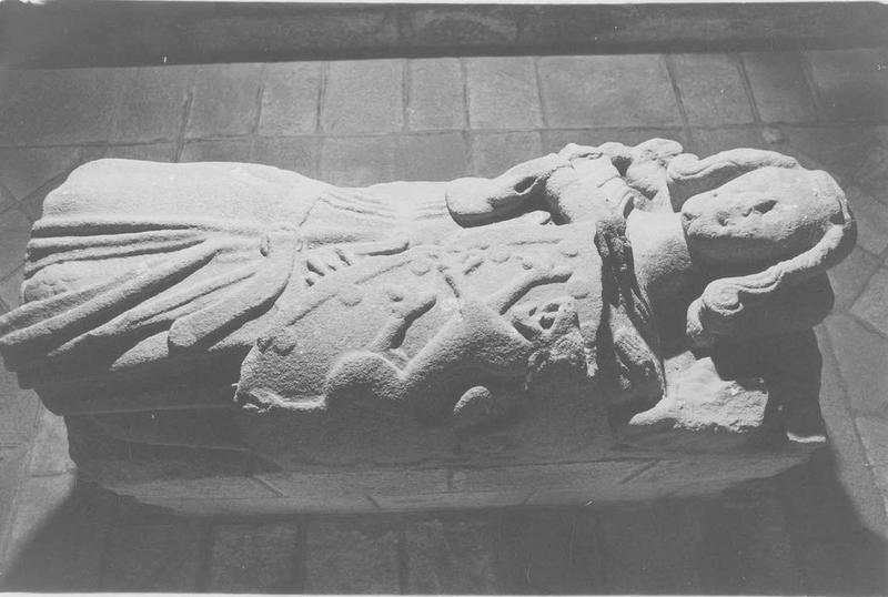 tombeau d'Alain de Vitré, dit de Dinan, vue générale