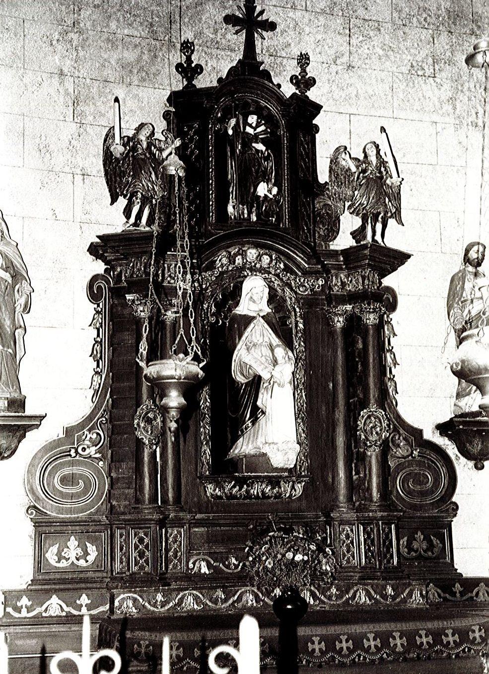 Retable latéral sud, groupe sculpté : Education de la Vierge, statue : Saint Roch, et deux statues (statuettes) : Anges céroféraires