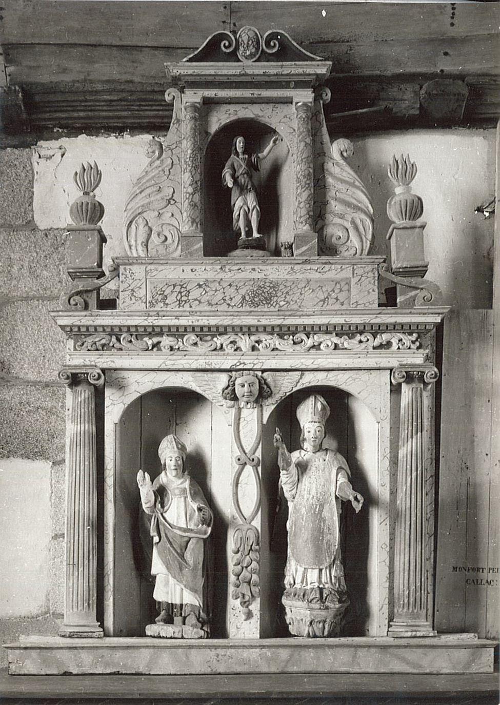 autel latéral nord, son retable et trois statues, vue générale
