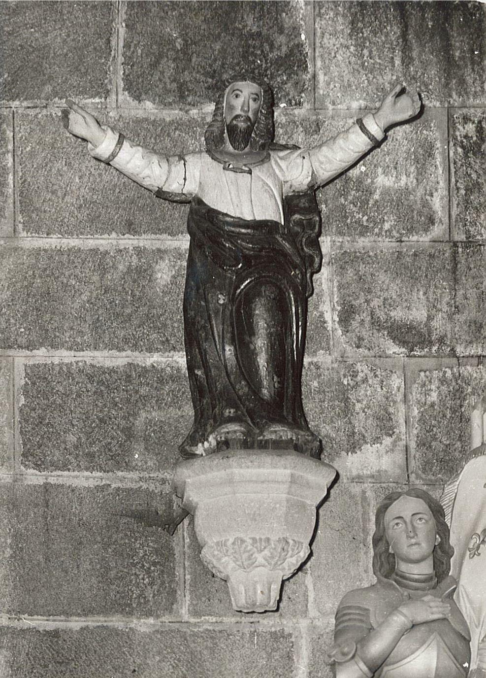 Statue : Christ enseignant