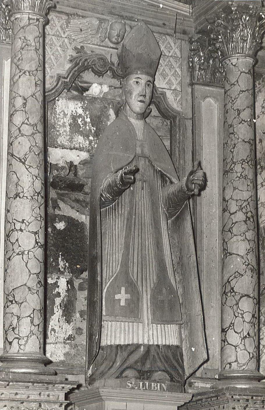 statue : Saint Lubin, vue générale
