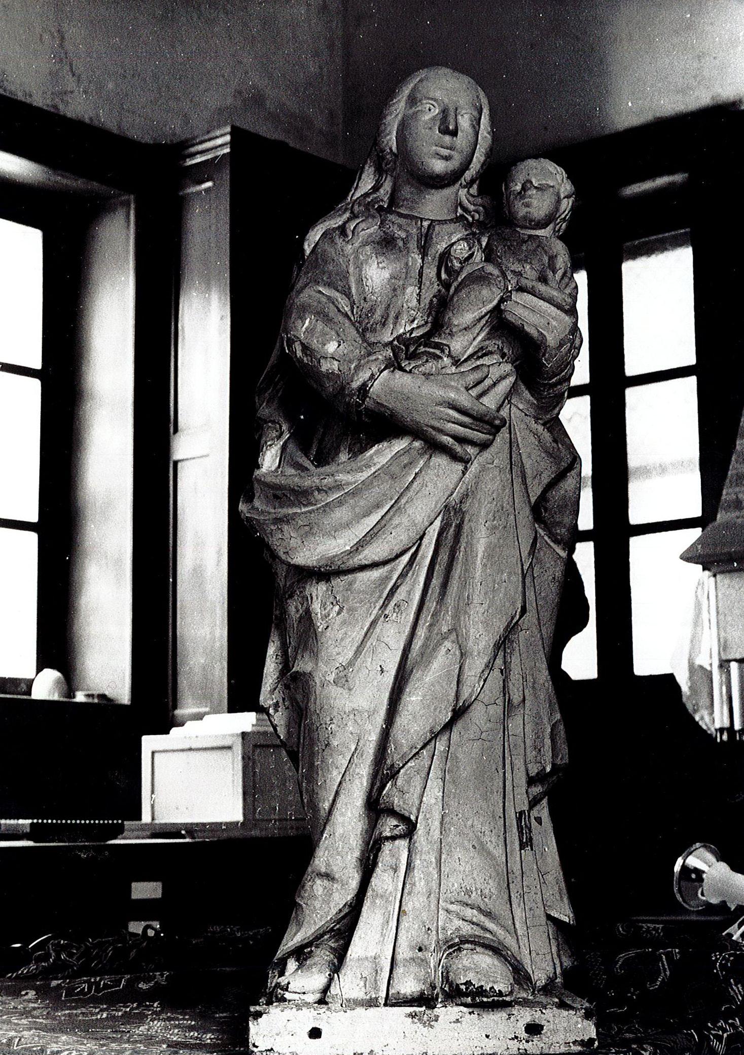 statue : Vierge à l'Enfant dite Notre-dame de la Sagesse, vue générale