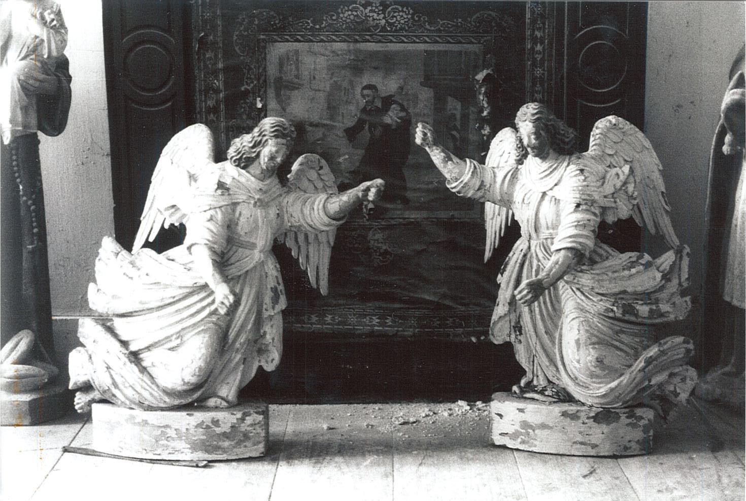 Deux statues (statuettes) : Anges adorateurs