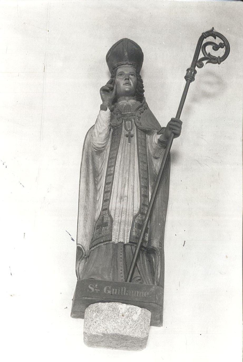statue : Saint Guillaume, vue générale