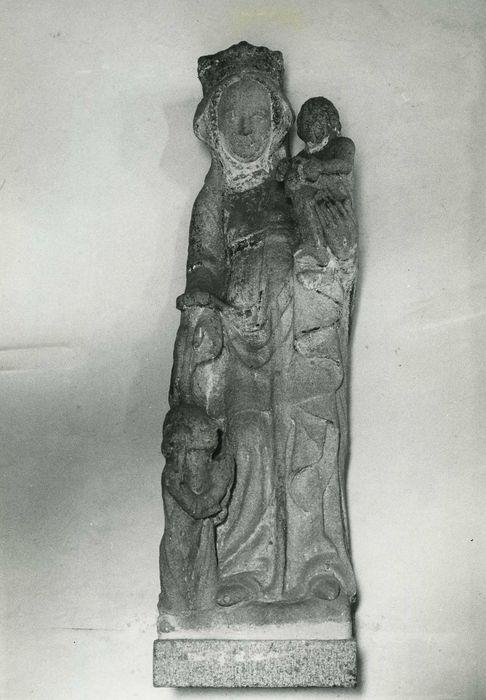 statue : Vierge à l'Enfant et donatrice, vue générale