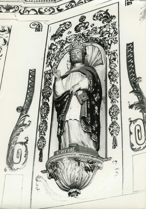 statue du maître-autel : Saint Pierre, vue générale