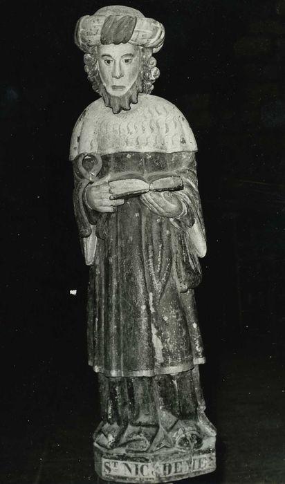 statue: Saint Nicodème, vue générale