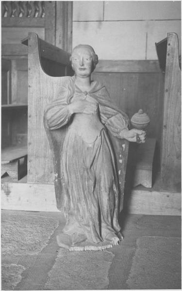 Statue (petite nature) : Sainte Madeleine